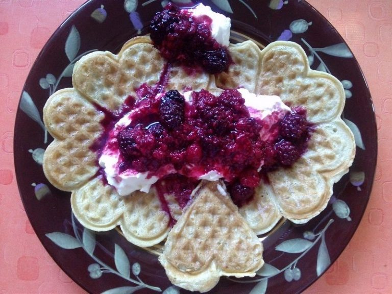 Almond Milk Waffles with Berries and Fresh Cream
