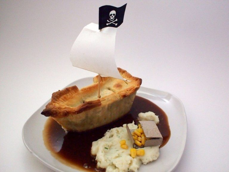 Pie-rate Ship