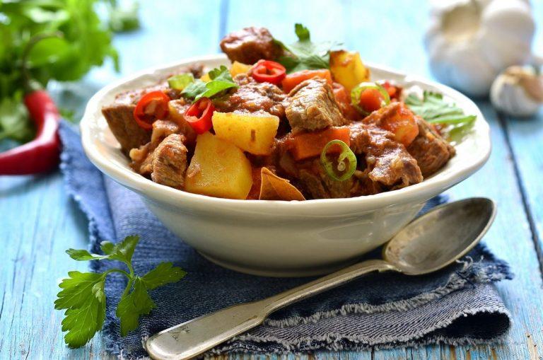 Spicy Braised Steak and Vegetables