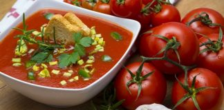 Gazpacho with grilled tomatoes