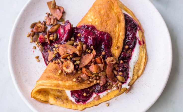Sweet Cinnamon Omelette Stuffed with Berries