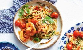 Quick Garlic and Chili Prawn Zoodles