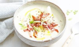 Keto Cauliflower and Bacon Soup