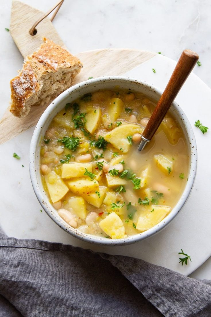Healthy Potato, Leek, and White Bean Soup