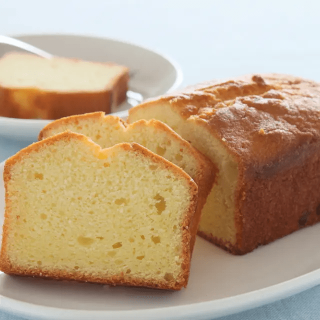 5-Ingredient Pound Cake