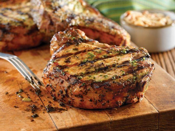Grilled Pork Chops with Basil-Garlic Rub